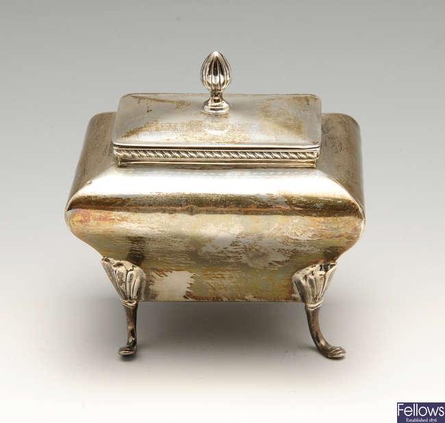 An Edwardian small silver tea caddy.