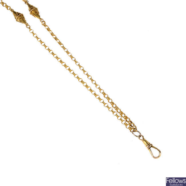 A late Victorian 15ct gold chain.