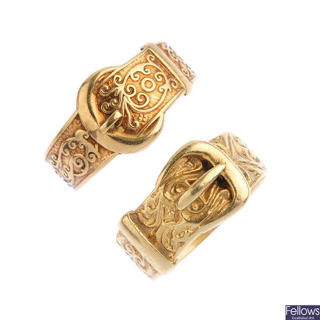 Two 9ct gold buckle rings.