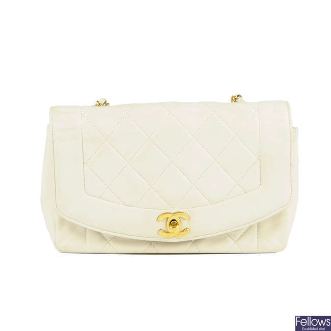 CHANEL - a vintage ivory quilted lambskin leather handbag.