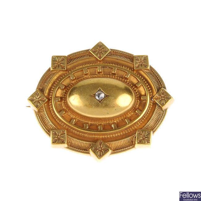 A late Victorian diamond brooch.