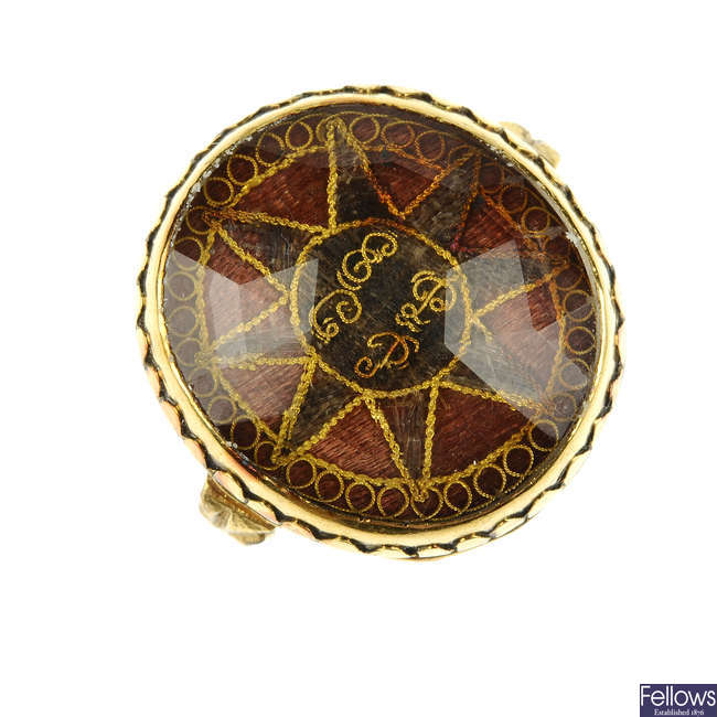 An early Georgian 'Stuart' rock crystal gold and hair memorial ring.