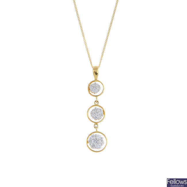 An 18ct gold diamond cluster pendant, with chain.