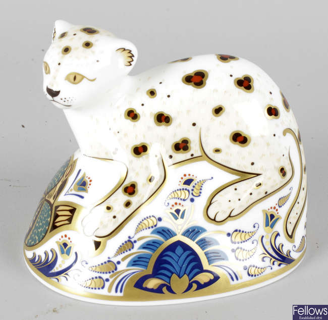 A Royal Crown Derby porcelain paperweight modelled as a leopard cub.