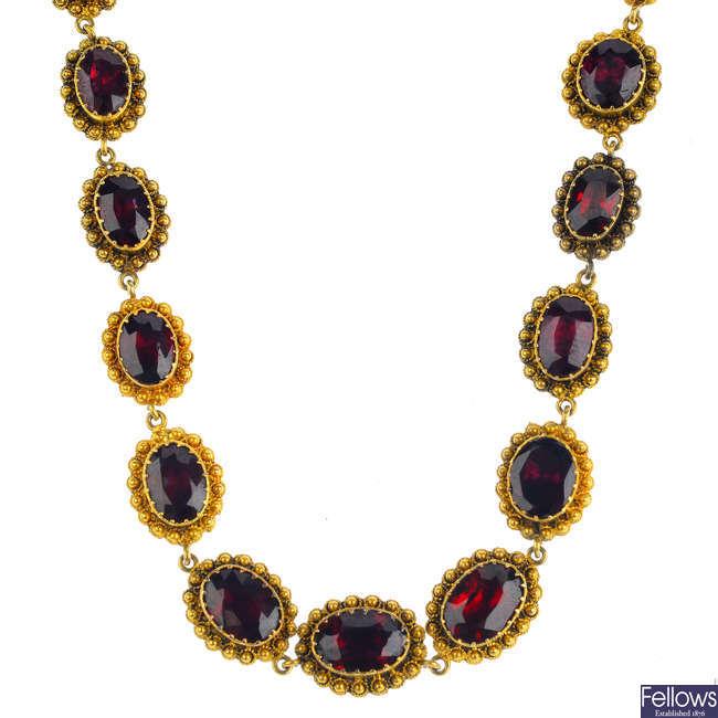 A late Victorian garnet necklace.