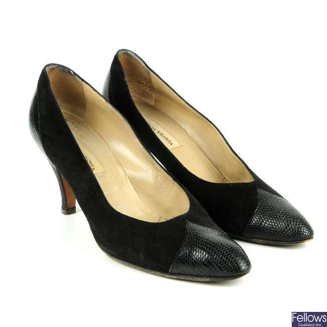 BOTTEGA VENETA - a pair of vintage court shoes.