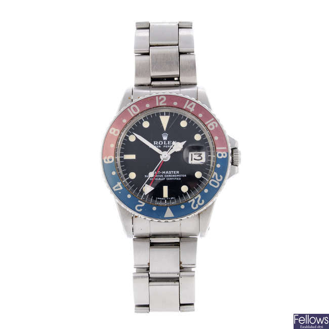 ROLEX - a gentleman's stainless steel Oyster Perpetual GMT-Master bracelet watch.
