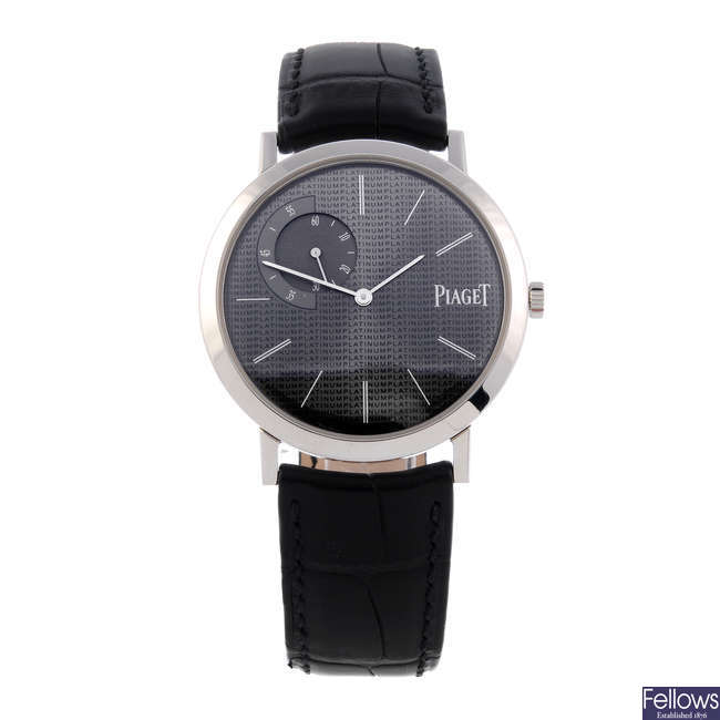 PIAGET - a gentleman's platinum Altiplano wrist watch.