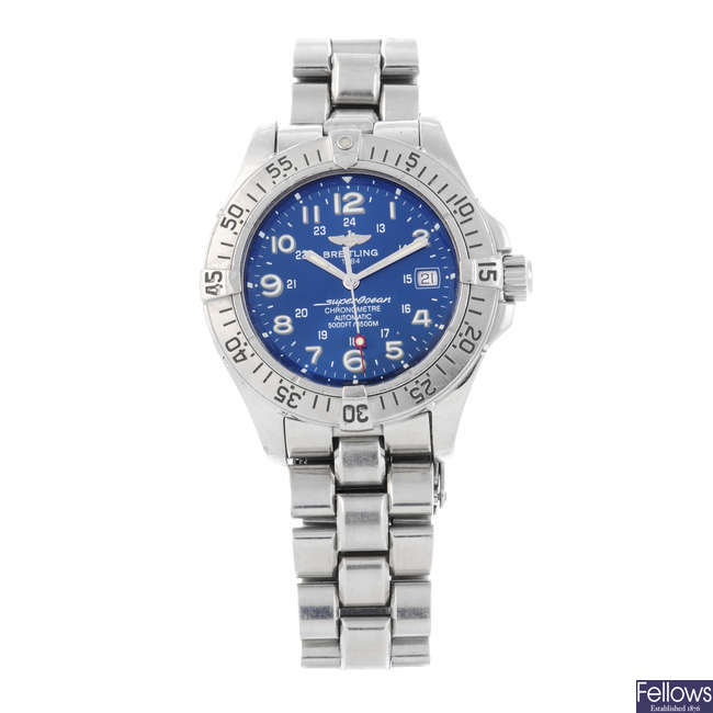 BREITLING - a gentleman's stainless steel SuperOcean bracelet watch.