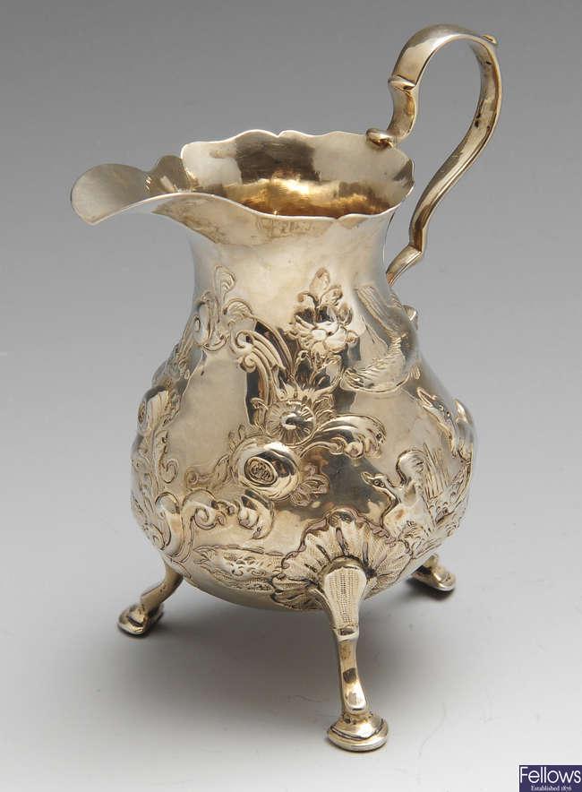 A Georgian silver cream jug.