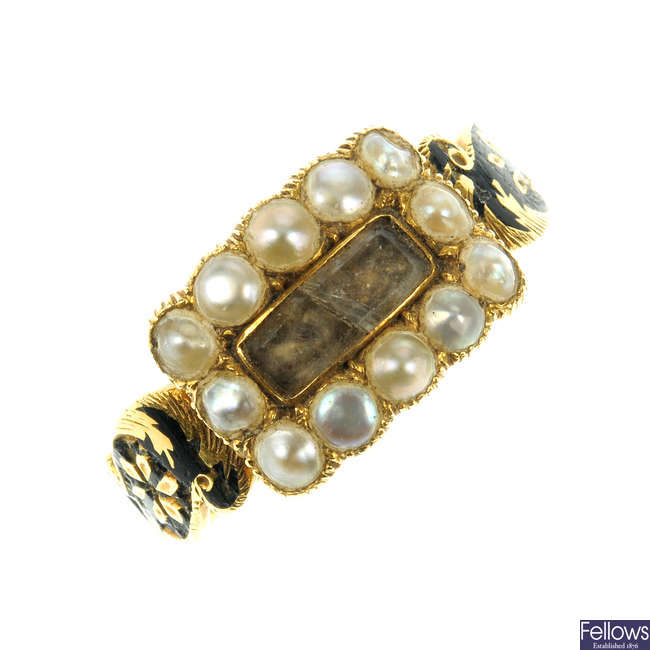 A George IV 18ct gold, split pearl and enamel ring.