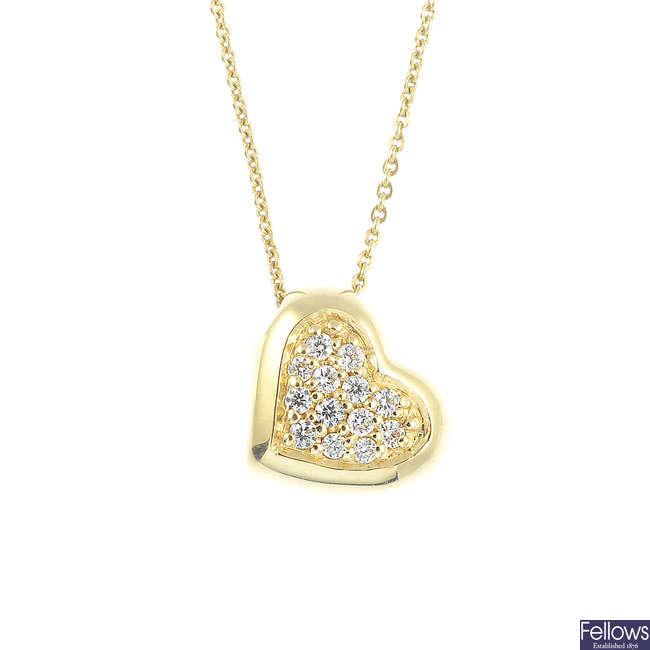A diamond heart pendant, with chain.