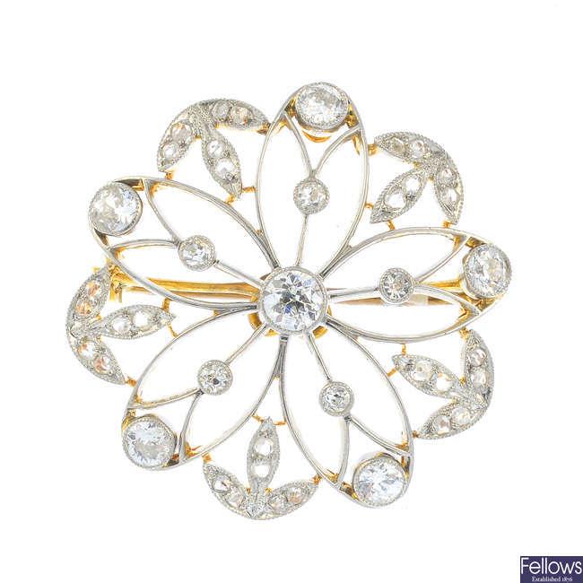 An Edwardian diamond brooch.