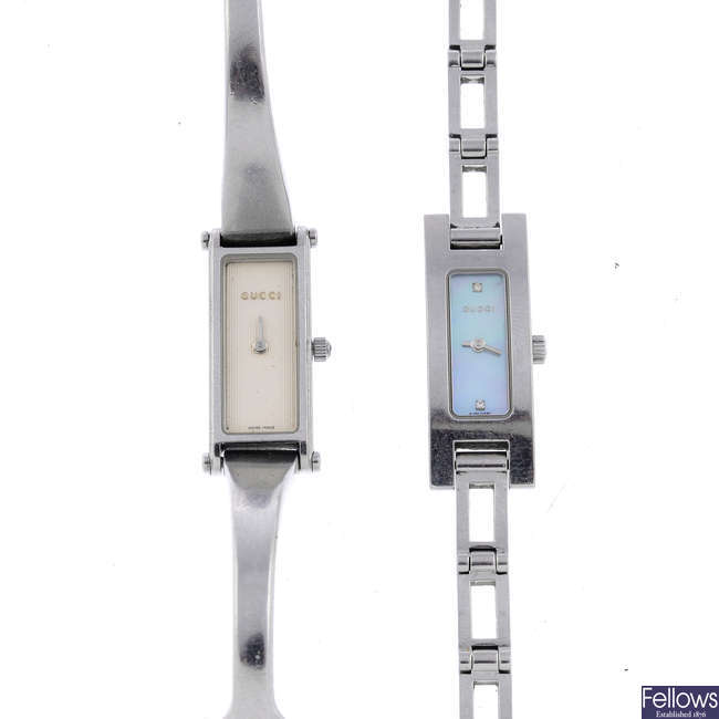 GUCCI - a lady's stainless steel 3900L bracelet watch.