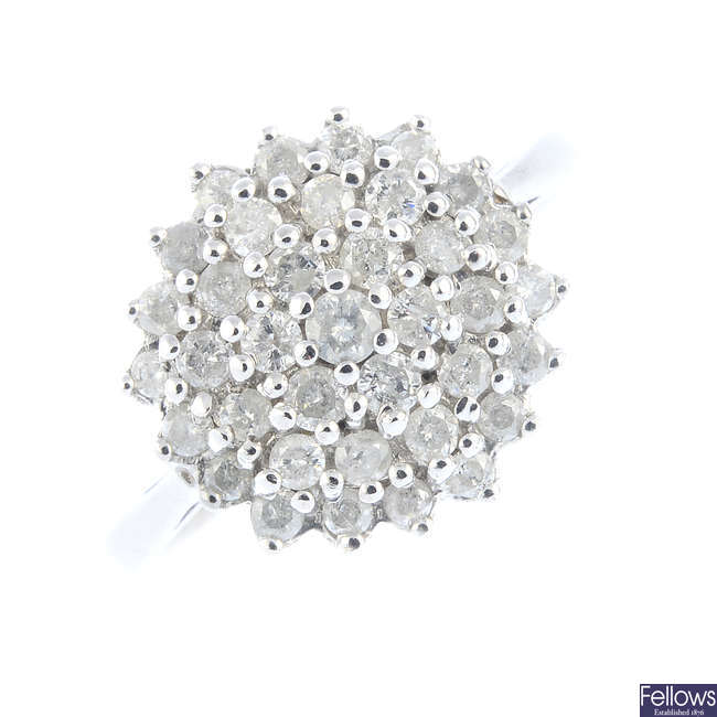 A 9ct diamond cluster ring.