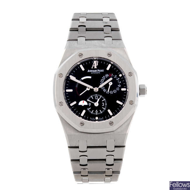 AUDEMARS PIGUET - a gentleman's stainless steel Royal Oak Dual Time bracelet watch.