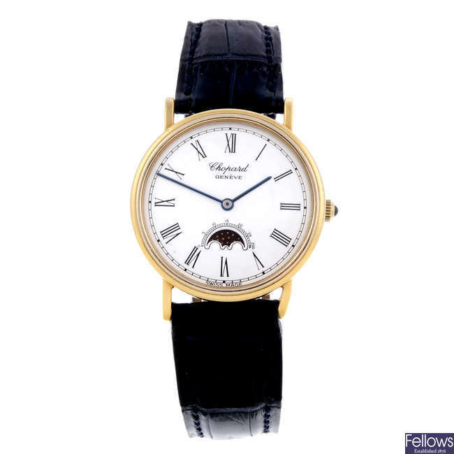 CHOPARD - a mid-size 18ct yellow gold Luna D'oro Moon Phase wrist watch.