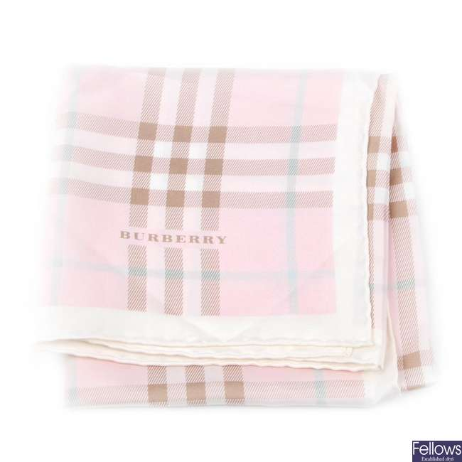 BURBERRY - a pink House Check scarf.