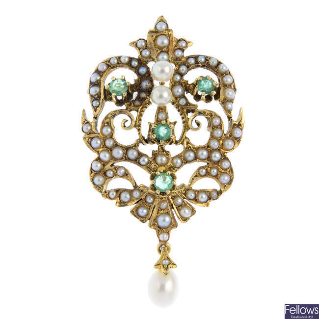 An emerald, split and cultured pearl brooch.