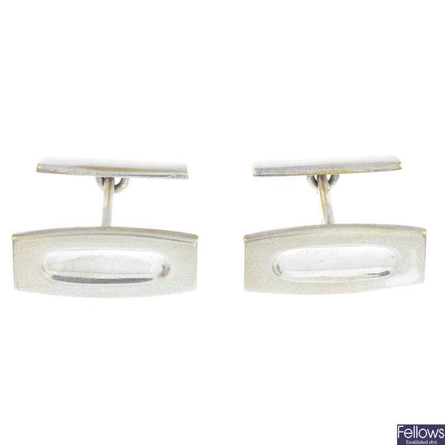 KUPITTAAN KULTA - a pair of 1960s silver cufflinks.