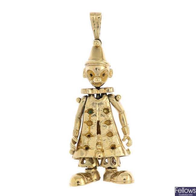 A 9ct gold clown pendant mount.