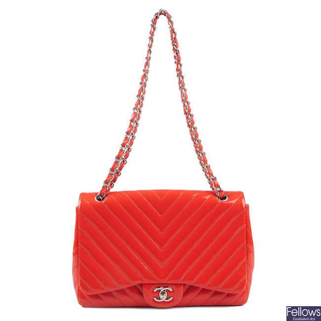 CHANEL - a Jumbo Single Flap handbag.