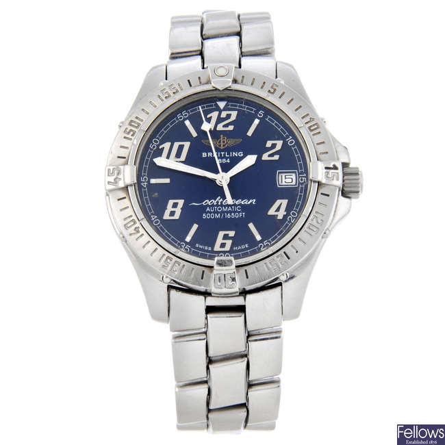 BREITLING - a gentleman's stainless steel ColtOcean bracelet watch.