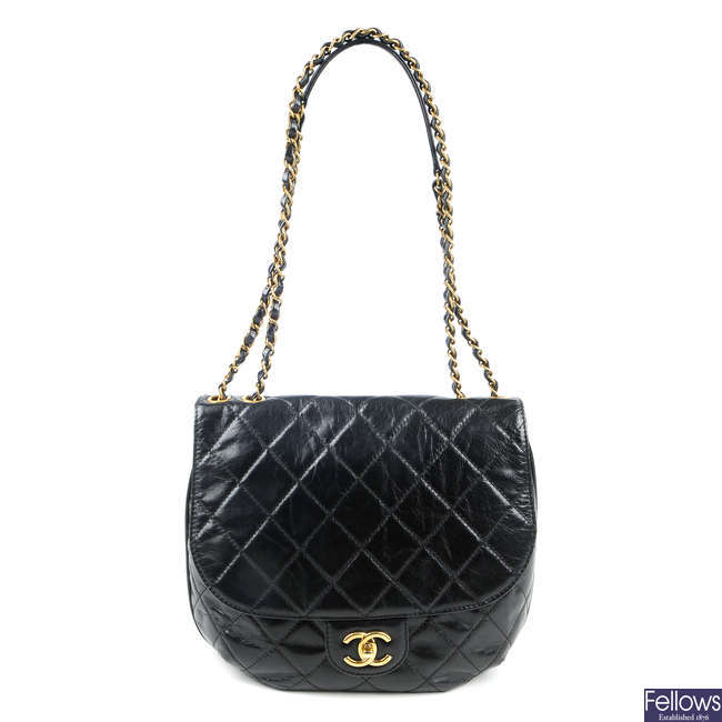 CHANEL - a quilted leather flap handbag.