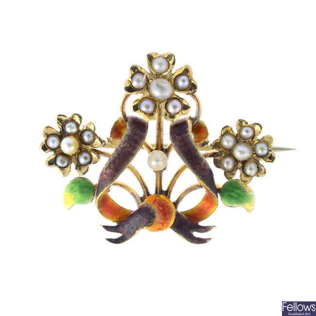 An early 20th century 15ct gold enamel, seed and split pearl brooch.