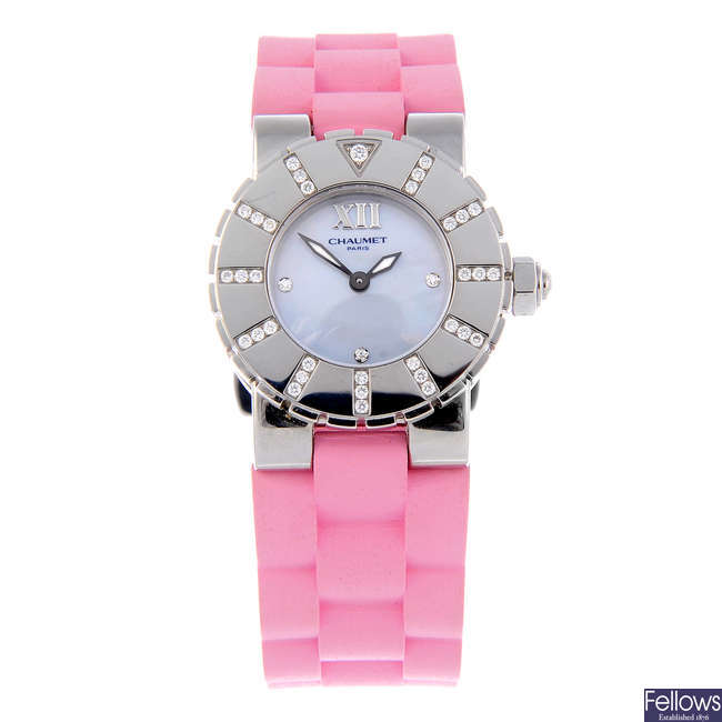 CHAUMET - a lady's stainless steel Class One wrist watch.