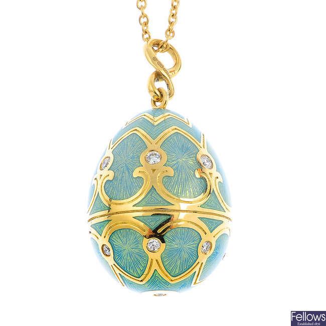 FABERGE - an 18ct gold diamond and enamel 'Palais Tsarskoye Selo' pendant, with chain.