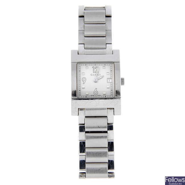 GUCCI - a lady's stainless steel 7700L bracelet watch with a Citizen bracelet watch.