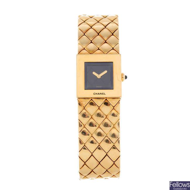 CHANEL - a lady's 18ct yellow gold Matelassé  bracelet watch.