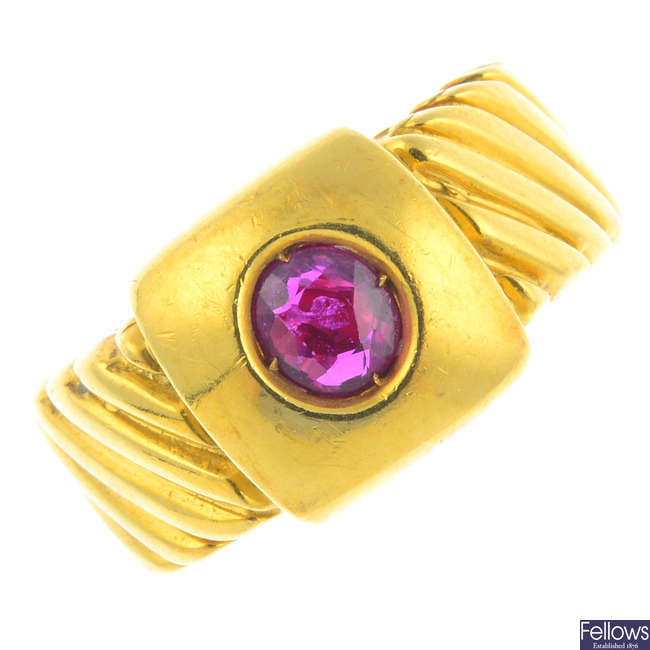 A 1970's 18ct gold ruby single-stone ring.