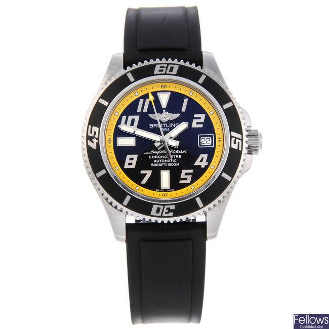 BREITLING - a gentleman's stainless steel SuperOcean wrist watch.