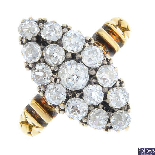 A late Victorian 18ct gold diamond cluster ring.