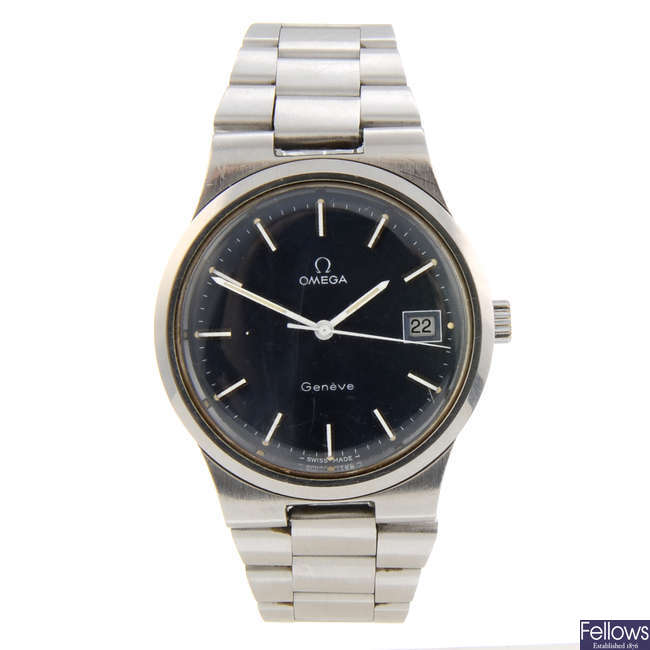 OMEGA - a gentleman's stainless steel Genève bracelet watch.