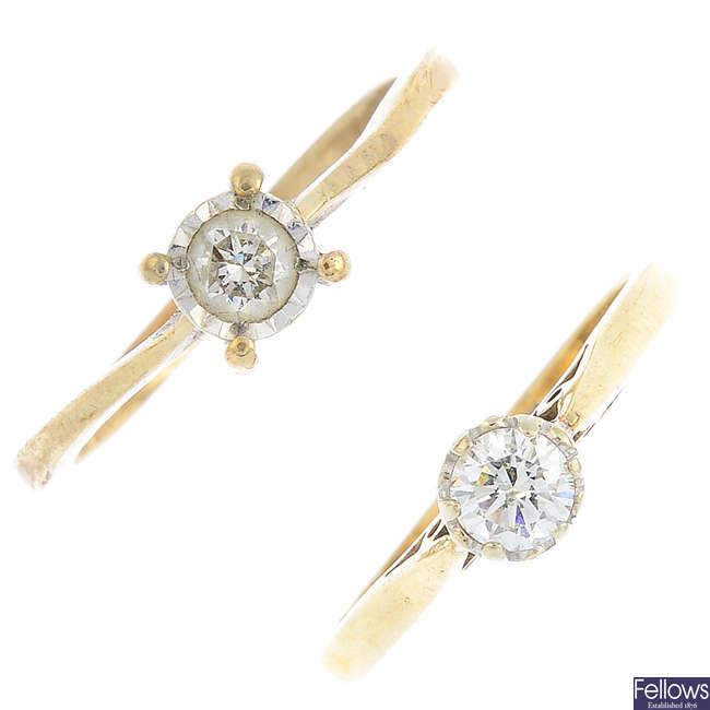 Two 9ct gold diamond single-stone rings.