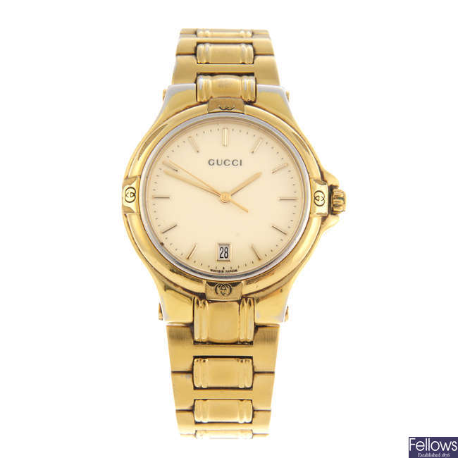 GUCCI - a gentleman's gold plated 9240M bracelet watch.