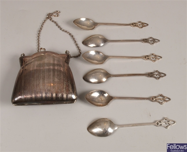 Cased set of six silver coffee spoons, with