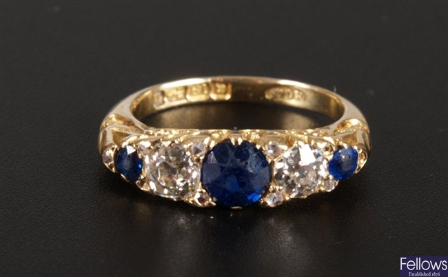 Victorian 18ct gold sapphire and diamond set ring