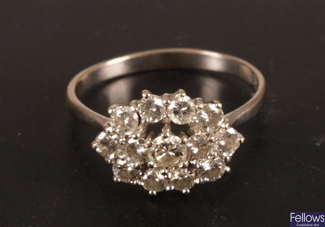 18ct white gold round brilliant diamond set