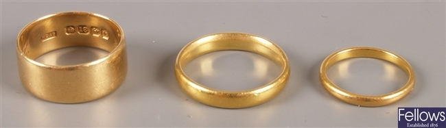 Three wedding band rings, to include an Early