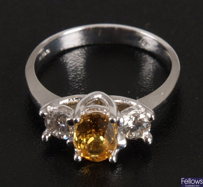 18ct white gold yellow sapphire and diamond ring