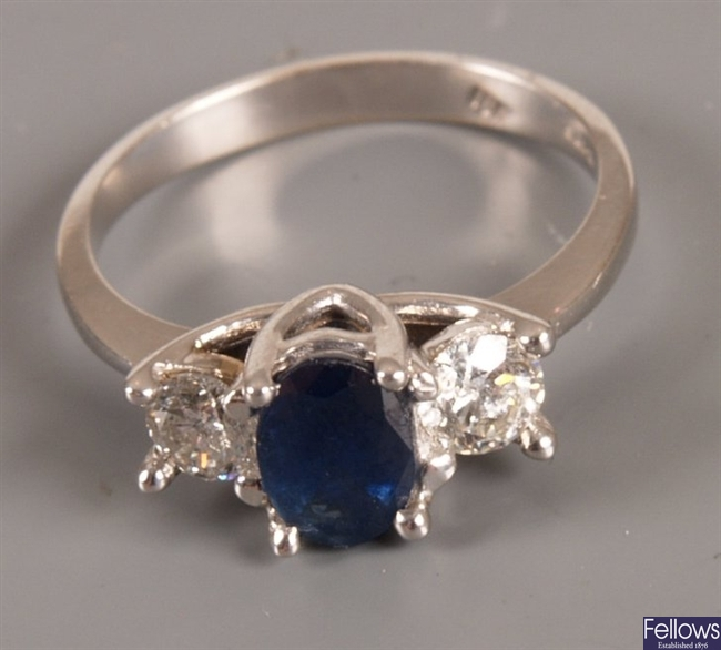 18ct white gold sapphire and diamond ring with