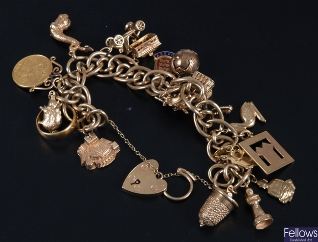 9ct gold fancy mixed curb and oval link bracelet