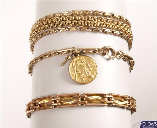 9ct gold four bar twist design gate bracelet, a