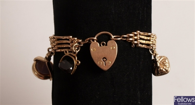 Edwardian 9ct gold four bar gate bracelet with