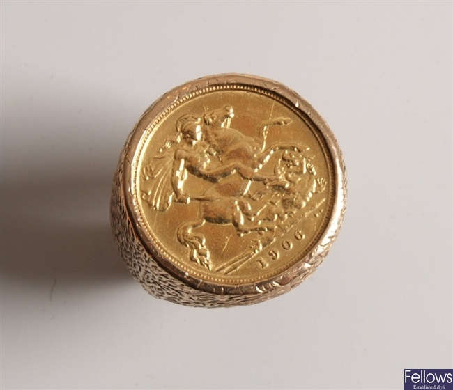 King Edward Vll half sovereign coin in a 9ct ring