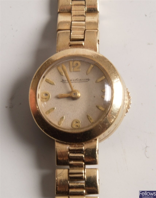 JAEGER LE COULTRE - 9ct gold ladies back wind